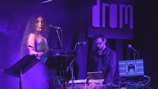 Azam Ali - Shallow Then Halo (Cocteau Twins Cover) Live at DROM NYC Resimi