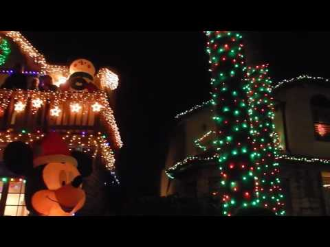 2016 Holiday Lights Decoration in Naples Canals, Long Beach