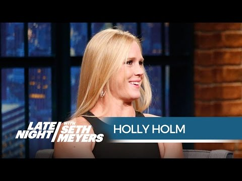 Holly Holm Relives the Kick that Beat Ronda Rousey - Late Night with Seth Meyers