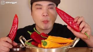 Thánh ăn Hàn Quốc ăn hết tô ớt khủng cay xé lưỡi