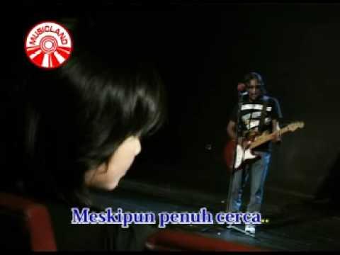 Free Download Thomas Arya - Bunga Jalanan Mp3 dan Mp4