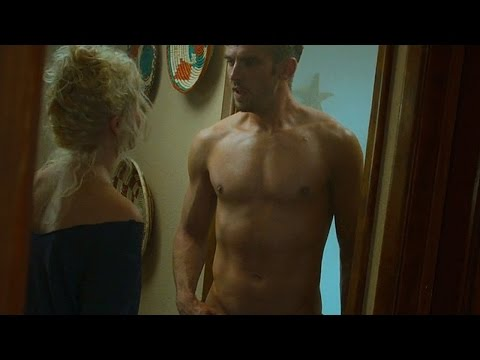 The Guest (2014) - Dan Stevens' Shirtless 'Shower Scene' with film-makers' commentary