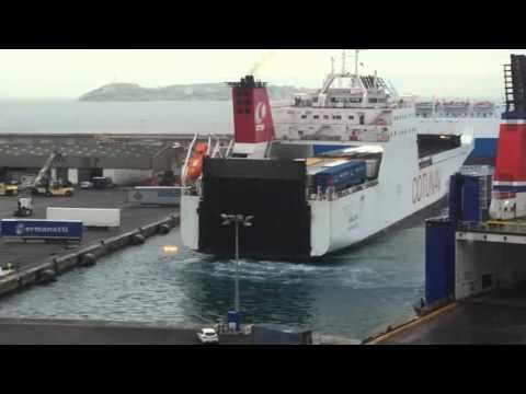 Accostage du RoRo Tunisien Amilcar au poste 57 Port Marseille Fos