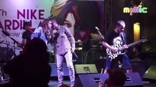 01 PAS Band feat. Momo Geisha - Kesepian Kita