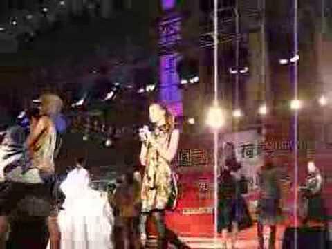 fashion show wuhan shopping mall