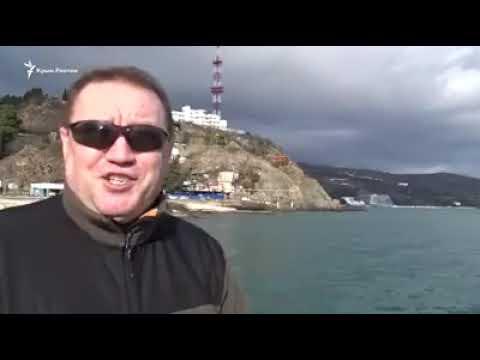 """А вот и """"Камни с Неба"""": В Партените пляжи стали одними из самых недоступных в Крыму."""
