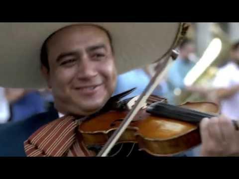 #LaMusicaRompeFronteras - Flashmob de Mariachi en Espaa