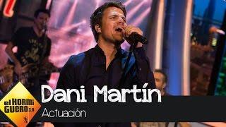 Dani Martín canta su nuevo single,
