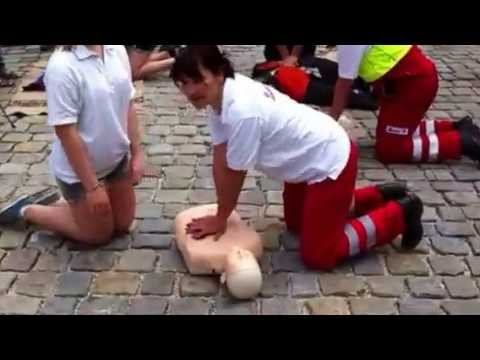 Herzdruckmassage Flashmob