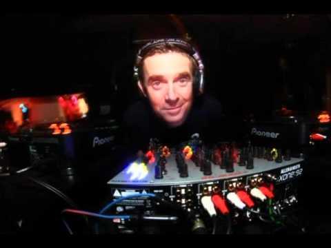 Nick Warren live @ Club Studio Martin Bucharest 2002