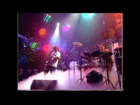 Utah Saints - Something Good - Live - TOTP - 1992