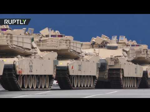 US tanks arrive in Europe to keep 'peace & freedom' at Russian borders
