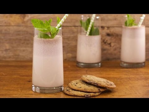 Marcela's Mint And Chocolate Chip Cookie Crumble Milkshake