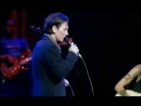 K.d. Lang - Crying (LYRICS + FULL SONG)