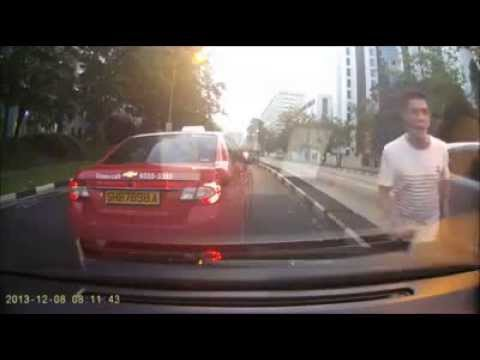 Singapore's Taxi road gangsters give rant words nowadays! 2014