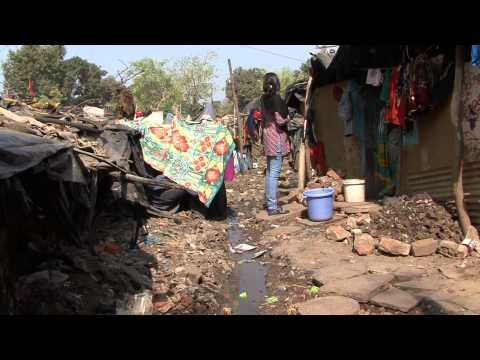 A Walk Through One Of The Slums In Bhopal, India