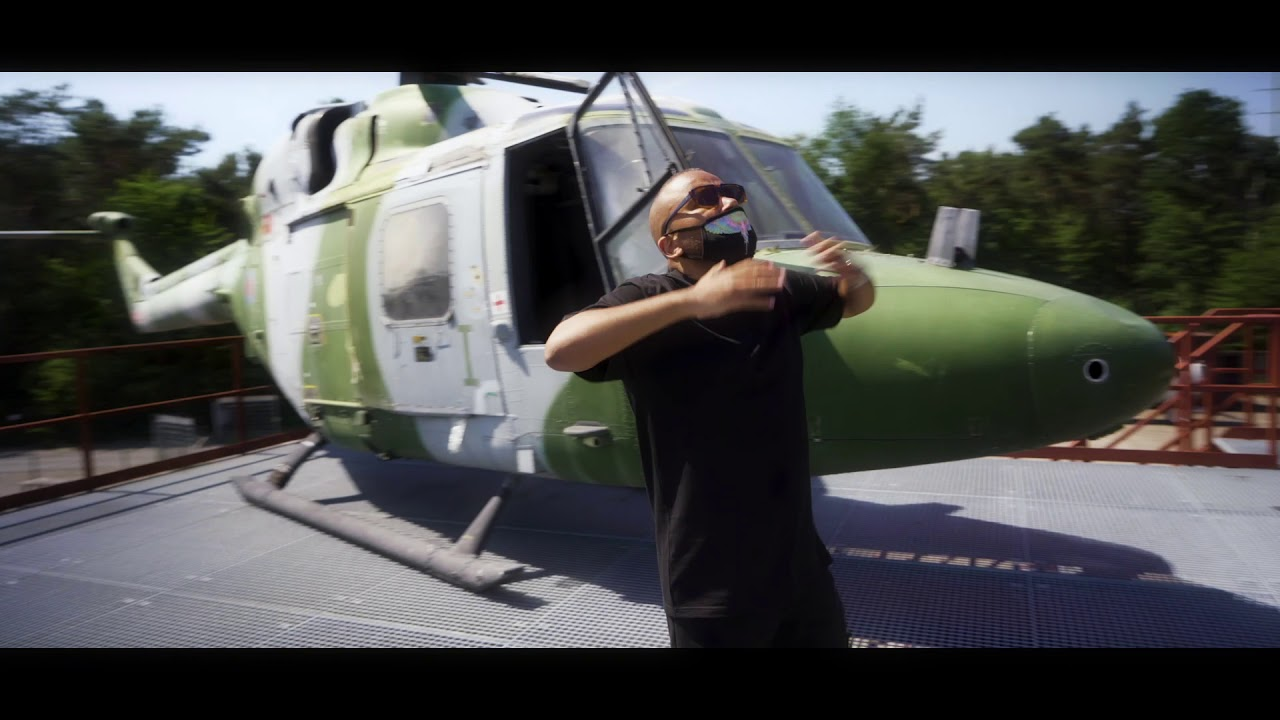 Mansa - Keep Me Alive Feat CeeLo Green (Official Video)