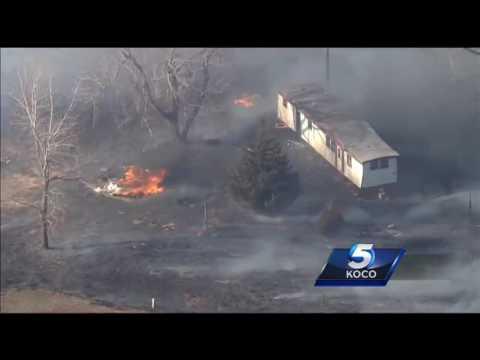 Sky 5 flies over grass fire in Oklahoma City metro