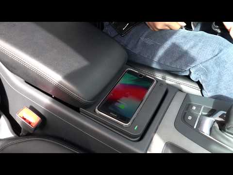 insallation-of-audi-q5-2020-2019-2018-2017-wireless-charger