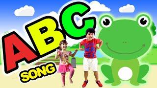 O Alfabeto Em Inglês - Música do ABC Infantil com Kai e Clara