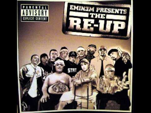 Eminem presents The RE-UP 16.Smack That  (Remix) Akon feat. Stat Quo&Bobby Creekwater