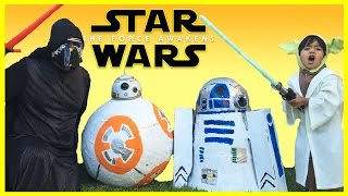 DISNEY STAR WARS THE FORCE AWAKENS Giant Egg Surprise Toys Opening Kylo Ren BB-8 R2D2 Kids Video