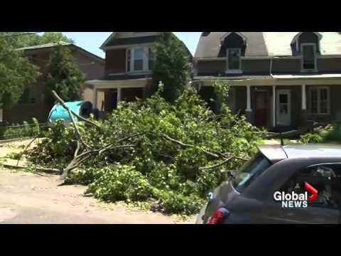 Thousands still without power after storms hit Quebec, Ontario