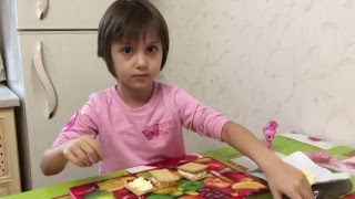 Готовим с Анюткой  вкусные бутерброды-  Cooking with Kids, Cooking, Play