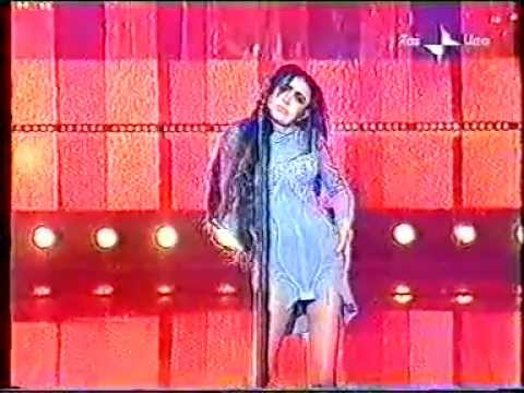 Loredana Bertè - Dimmi che mi ami - 3° serata Sanremo 2002.