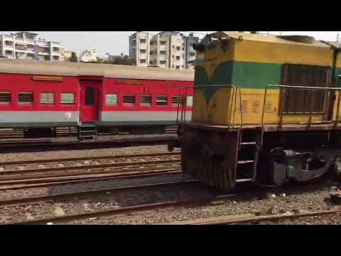 Mumbai Local Train..Yeh hai Bombay Meri jaaN