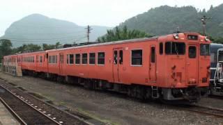若桜鉄道 若桜駅の目覚めと一番列車 (3-Jul-2011)
