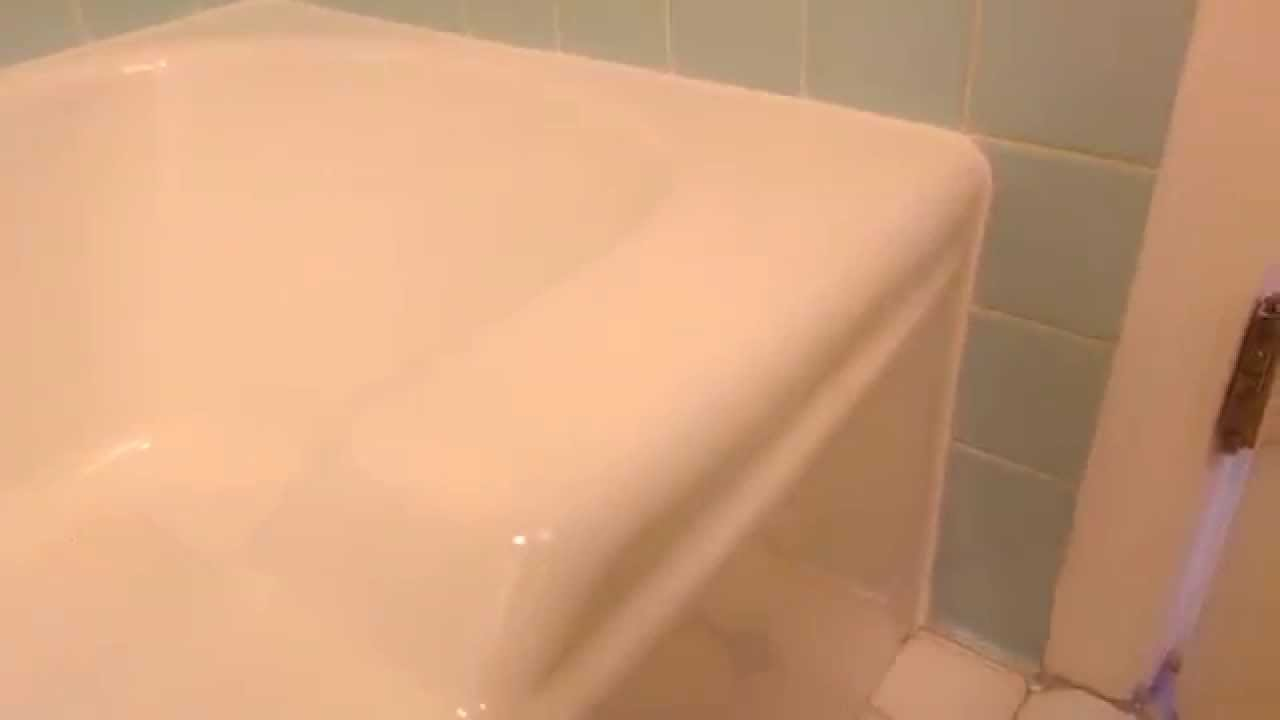 How To Seal The Gap Around A Tub