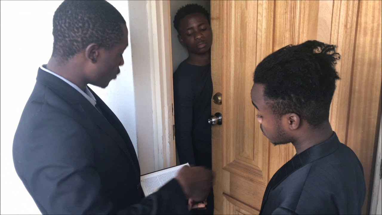 This Kenyan Man Does A Shocking Thing After Paying A Surprise ...