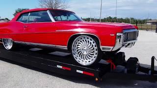 Classic & Clean BUICK Donk!   FLORIDA CLASSIC Riding Big Car Show 2017 - Orlando Florida 2k17