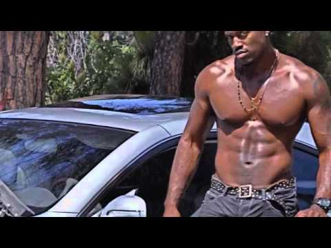 "Usher "" Lemme see""  Official Terrell Carter Remix"