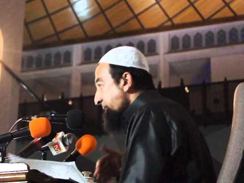 Ustaz Azhar Idrus: Ilmu, Amal & Ikhlas