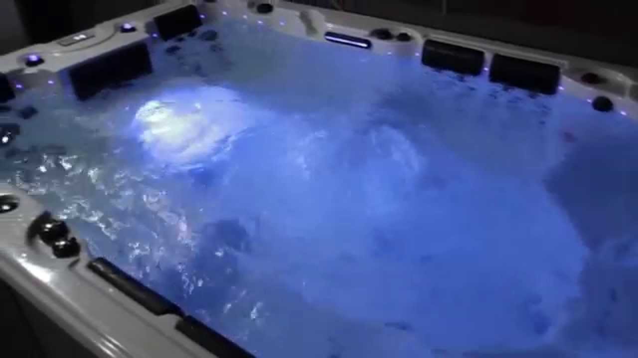 Jacuzzi Pool Youtube Jacuzzi Jnjspas Outdoor Spa 323 Youtube
