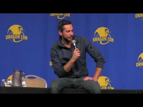 What's your dream? Zachary Levi once again brings fans to tears at Dragon Con.