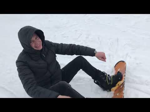 Показали профикам СНОУБОРДИСТАМ как нужно правильно кататься )))