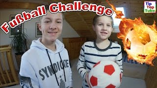 FUßBALL CHALLENGE mit BESTRAFUNG Ash vs Max | TipTapTube