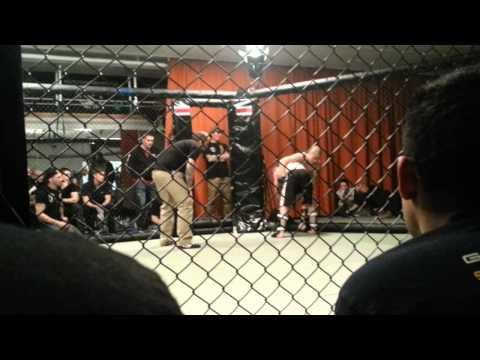 Sebastian Herrera GBG MMA vs Son Le Binh Gladius MMA - Fenix Rising 2