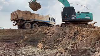 รถแม็คโครโกเบลโก้ Excacator KOBELCO Super SK200 ขุดตักดินใส่รถบรรทุก 10 ล้อ Trucks