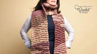 Left Hand: Crochet Chunky Short-Row Scarf Pattern