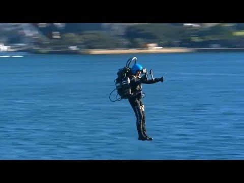 الرجل الطائر بالدفع النفاث يحلق فوق ميناء سيدني بالذكرى الخمسين لهبوط اول إنسان على سطح القمر…  - نشر قبل 6 ساعة