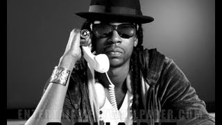 iPhone 4s Siri sings Birthday Song by 2 Chainz