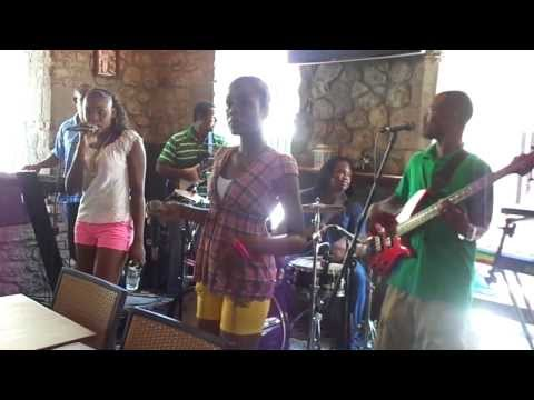 Banana Tree Reggae Session.  Ti Orkest Free Up