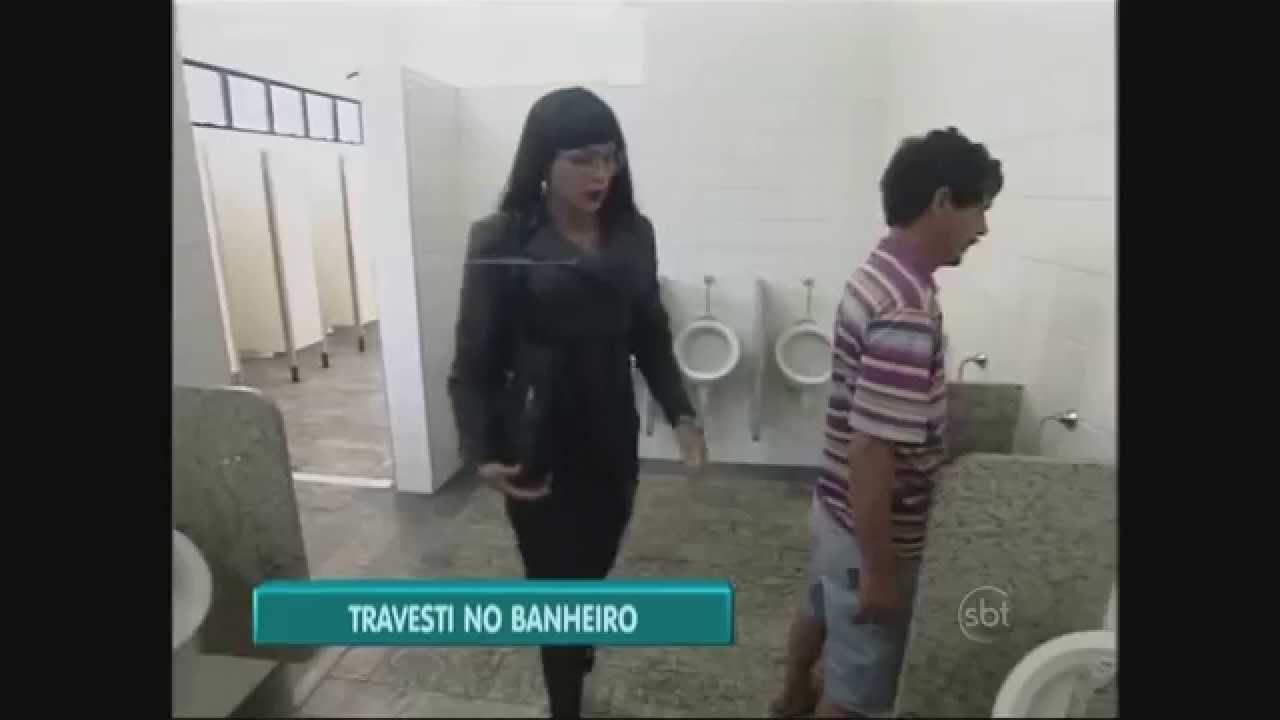 233 ra cach 233 e un travesti va dans les toilettes pour homme