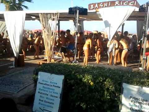 Bagni ricci 142-143 - YouTube