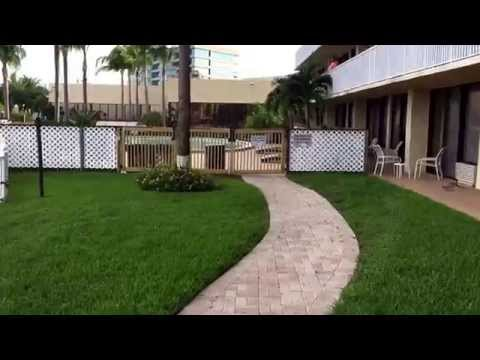 BEST WESTERN Bay Harbour Hotel Tampa Bay Florida walk through POV