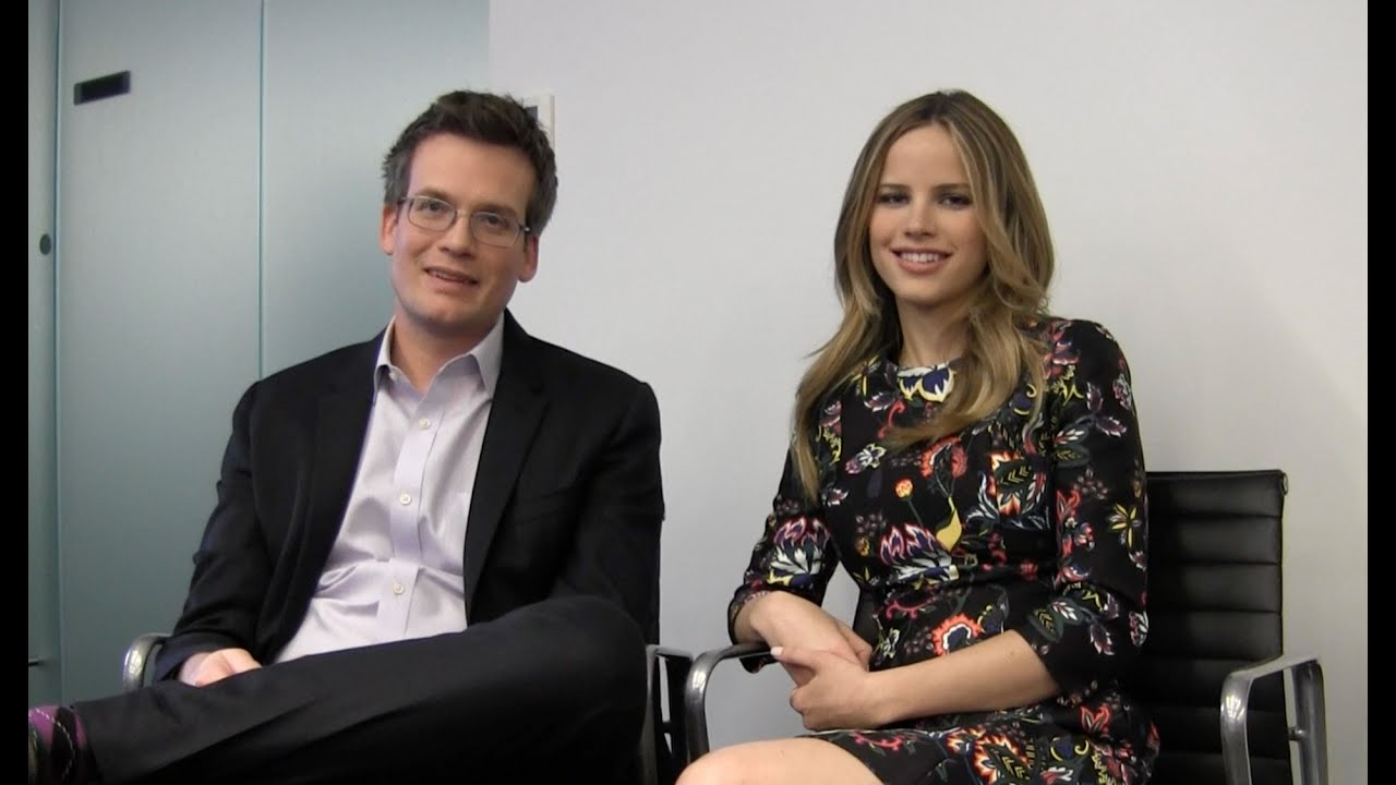 Looking For Alaska Movie: John Green, Halston Sage Talk 'Paper Towns' & 'Looking For
